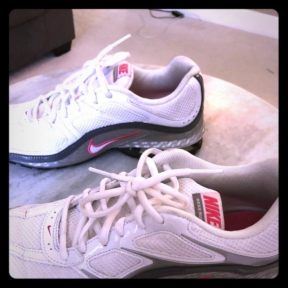 Nike Shoes Womens Reax Poshmark